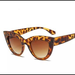 Salty Cold Brew Accessories - Cat Eye Tinted Sunglasses